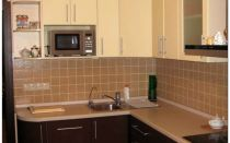 Угловые кухни (100 фото)