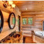 Деревянный дом с площадкой для вертолета