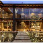 Дом с потрясающим внутренним двориком
