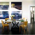 Эклектичный интерьер демонстрирует большую коллекцию искусств и антиквариата