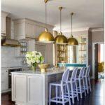 Оформление кухни в светлых тонах: легкий стиль (+40 фото)