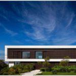 Роскошный минималистичный дом
