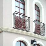 Варианты балконных ограждений фото, высота ограждения балкона