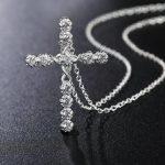 Кулон в виде креста можно ли носить, какие есть суеверия