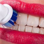 Грамотный выбор электрической зубной щетки