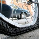 Как правильно заклеить камеру велосипеда в домашних условиях