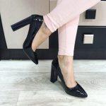 С чем носить черные туфли лаковые, замшевые, на каблуке и без, советы и рекомендации