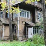 Замена окон в деревянном коттедже, утепление рам и оконных проёмов на даче