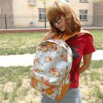 Зачем рюкзак носят спереди кто и почему носит рюкзак так