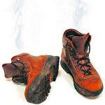 Как избавиться от неприятного запаха в ботинках убрать запах пота, обработать, чтобы ботинки не