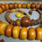 Зачем скупают янтарные бусы Признаки дорогого и дешёвого камня