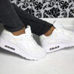 С чем носить белые женские кроссовки с чем девушке носить белые кроссовки — подбираем образ