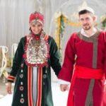 Башкирский свадебный костюм наряды жениха и невесты, фото
