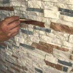 Декоративный камень на стену особенности укладки, виды камня, дизайн в интерьере