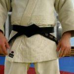 Как завязывать пояс на кимоно, рукопашный бой два пошаговых способа, полезные советы