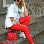 Красные брюки – кому они идут и как правильно их носить