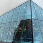 Витражные окна (алюминиевый профиль) — требуют сложного монтажа
