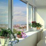 Как выбрать раздвижные окна на балкон или лоджию