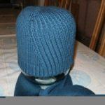 Шапка на вязальной машине мужская шапка бини, модель резинкой