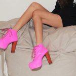 Розовые ботильоны с чем носить – стиль одежды, цветовые сочетания, аксессуары