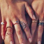 Почему нельзя мерить чужие кольца Есть ли исключения чьи кольца можно надевать на свой пальчик