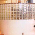 Варианты применение декоративных стеклоблоков для декоративных окон