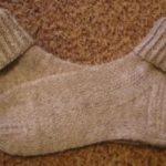 Как стирать шерстяные носки вручную и в стиральной машине