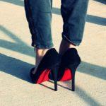 Туфли с красной подошвой, название и описание