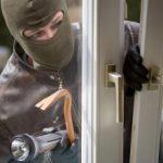 Как обезопасить свой балкон от проникновения воров, защита балкона от проникновения