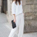 С чем носить белые брюки широкие, клеш, в полоску