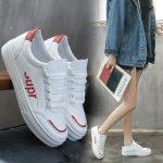 Какие женские кроссовки в моде 2019 Модные тенденции чем удивляют дизайнеры Стильные фасоны женских