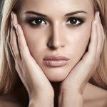Макияж для карих глаз и светлых волос правила, идеи