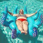 Какой отдых летом предпочитают полные женщины, вес которых более 100 кг