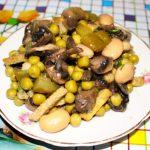 Салат из фасоли с сухариками рецепт с фото очень вкусный