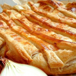 Пирог луковый