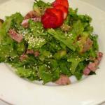 Салат с ветчиной и кунжутом рецепт