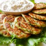 Рецепт оладий из кабачка, сыра и чеснока