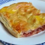 Рецепт пирога из слоеного теста с вишней