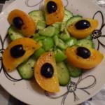 Овощной салат с желтыми помидорами рецепт