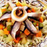 Салат с килькой рецепт вкусный с фото