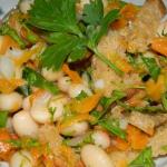 Салат с консервированной фасолью фасолью