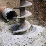 Определяем водоносный слой и бурим водоносную скважину
